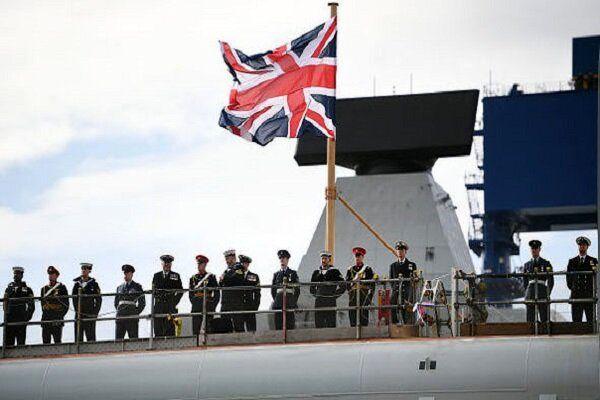 توصیه انگلیس به کشتیهای خود برای خودداری از عبور از تنگه هرمز