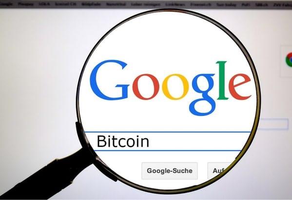 """همبستگی چشمگیر جستوجوی اینترنتی واژه """"Bitcoin"""" با قیمت بیت کوین"""