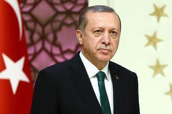 اردوغان: رییس بانک مرکزی اخراج شد چون نرخ بهره را کاهش نداد!