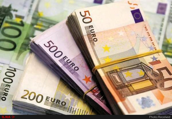 نرخ رسمی یورو و پوند کاهش یافت (9 شهریور ماه)