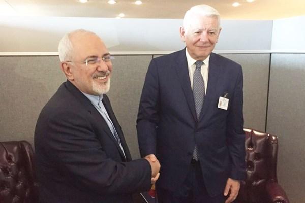 ظریف در حاشیه نشست جی7 با همتای فرانسویاش دیدار کرد