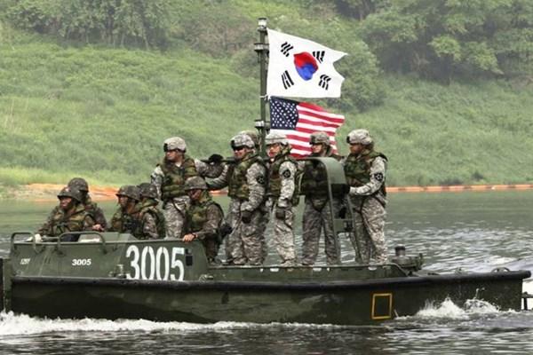 رزمایش مشترک امریکا و کره جنوبی دوشنبه اغاز میشود