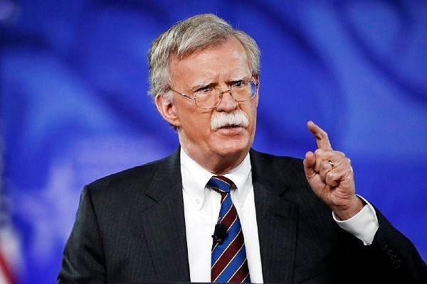 بولتون از تمدید ۹۰ روزه معافیتهای تحریم هستهای ایران خبر داد