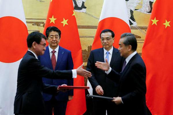 چین و ژاپن خواستار توسعه روابط شدند