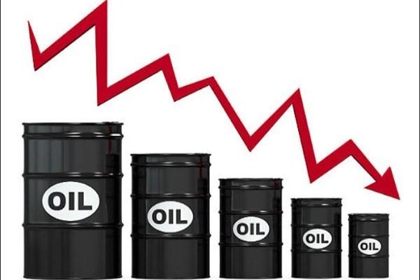 کاهش قیمت نفت درپی رشد ذخایر امریکا