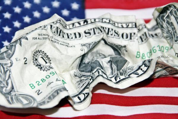 کسری بودجه امریکا به ۸۶۶ میلیارد دلار رسید