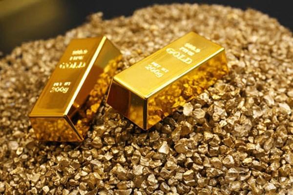 نظرسنجی کیتکو نیوز : دیدگاه محتاطانه تحلیلگران اقتصادی درباره روند صعودی قیمت طلا