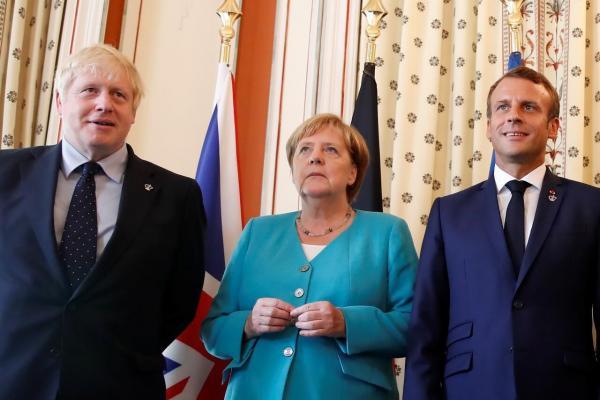 جانسون: تحت هر شرایطی از اتحادیه اروپا خارج میشویم