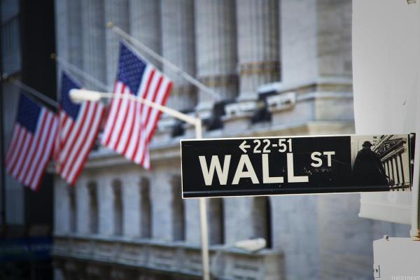 چرخش منحنی بازدهی (Yield Curve) : پیش بینی رکود اقتصادی در آمریکا