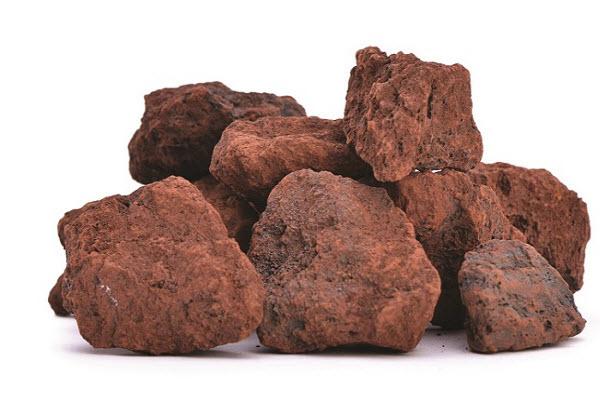دلایل نوسانات کاهشی و افزایشی قیمت سنگ اهن