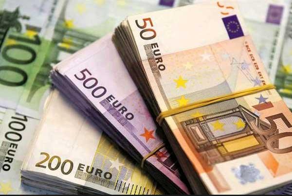 نرخ رسمی یورو و پوند افزایش یافت (23 شهریور ماه)