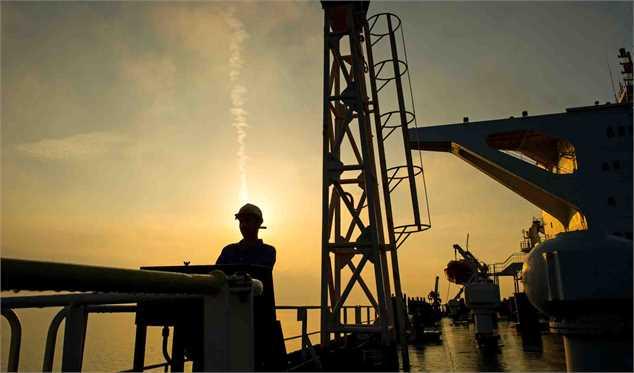 سه عامل موثر بر قیمت نفت در سال آینده