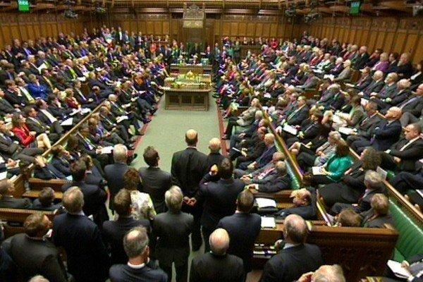 پارلمان انگلیس برگزاری انتخابات زودهنگام را رد کرد