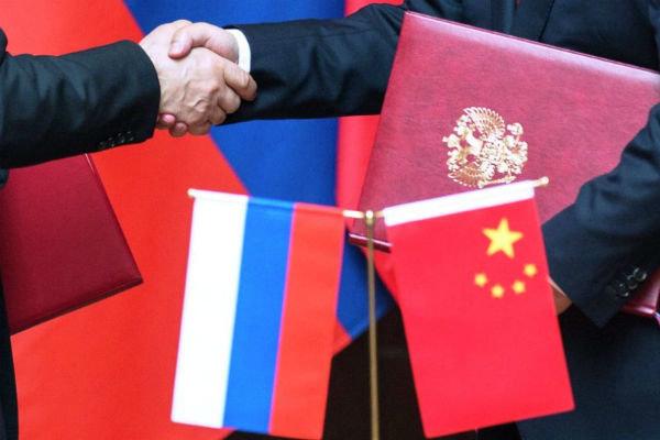 چین با روسیه قرارداد هسته ای امضا می کند