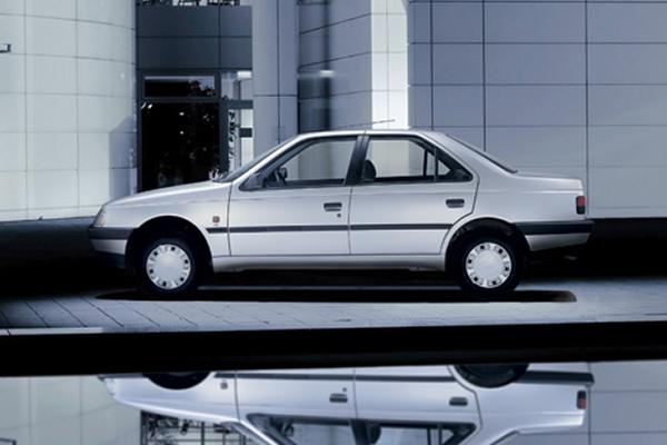 ادامه فروریختن قیمتها در بازار خودرو؛ پژو ۴۰۵ به ۷۱ میلیون رسید