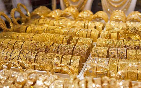 سرمایه گذاران بازار طلا بخوانند