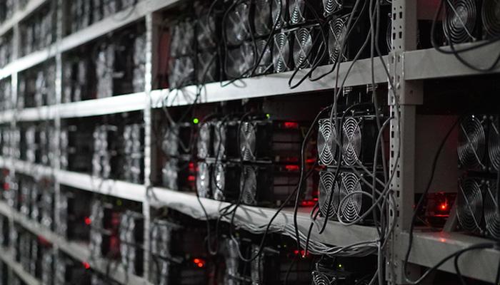 درخواست نظام برق چند تعرفهای برای استخراج ارزهای دیجیتال در ایران
