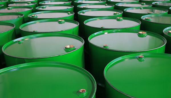 تولید نفت عربستان ۵۰ درصد کاهش یافت
