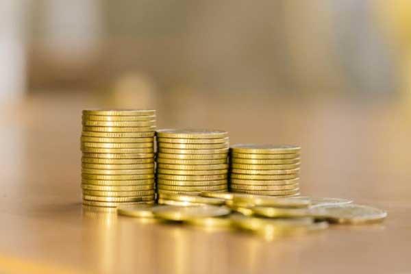 فروش سکه ۴ میلیون و ۱۵ هزار تومانی در بازار آزاد