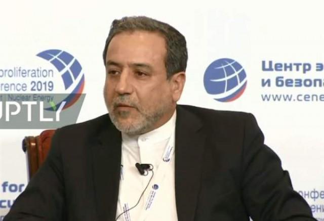عراقچی: به کاهش تعهدات برجامی در صورت تامین نشدن منافع ایران ادامه میدهیم