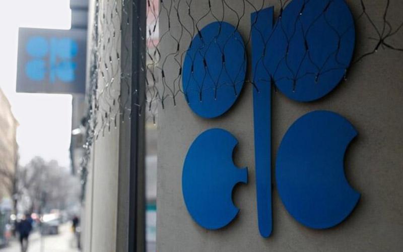 تولید نفت اوپک ۹۰ هزار بشکه در روز کاهش یافت