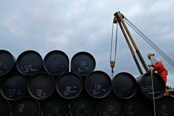 قیمت جهانی نفت امروز 98/11/23| برنت به مرز 55 دلار رسید