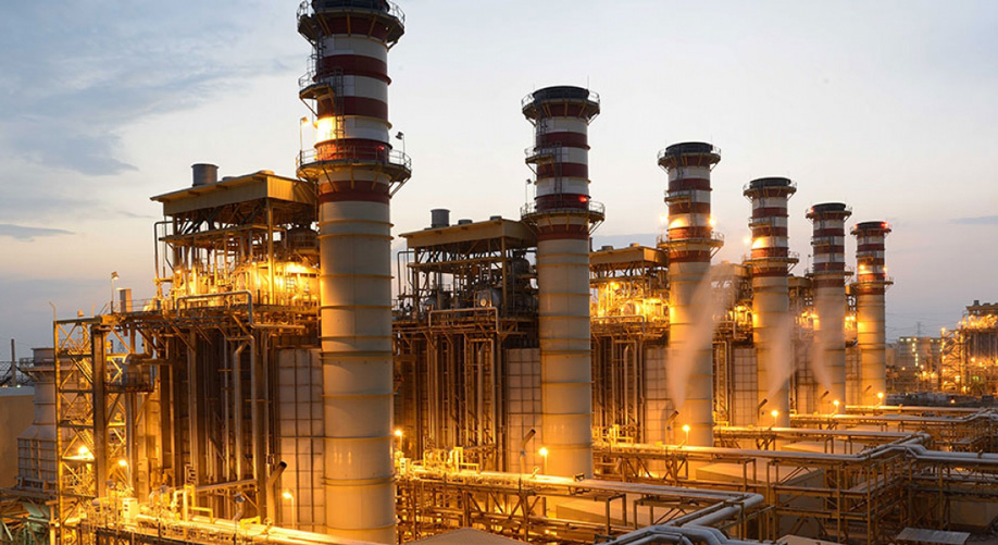 بررسی عملکرد نیروگاه های پذیرفته شده در بورس